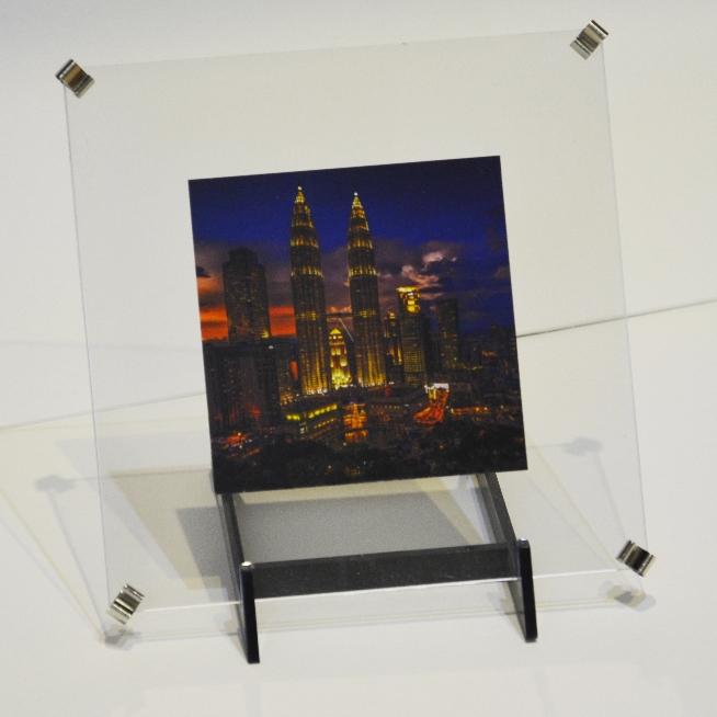entre deux verres cadre en forme. Black Bedroom Furniture Sets. Home Design Ideas